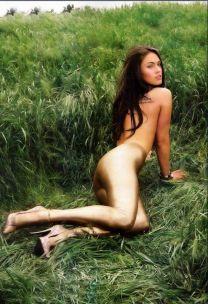 http://www.showbiz.cz/public/files/gallery/thumb/42/4299e513708ee68a89964e85cfe9cf1a1313395226_new.jpg