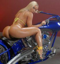 http://www.showbiz.cz/public/files/gallery/thumb/83/835adea85627b796b38bafb62509f89f1312473465_new.jpg