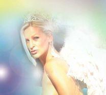 http://www.showbiz.cz/public/files/gallery/thumb/dd/dda749653b051cf6f6ec3a756c67e5ee_new.jpg