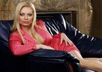 http://www.showbiz.cz/public/files/gallery/thumb/e5/e5e01b471ed41968e5651a0da4312e541313397291_new.jpg