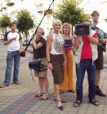 http://www.showbiz.cz/files/gallery/29/29366bbe278fd2736f27cfb1b0dfafa21312562047.jpg