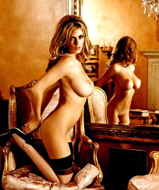 http://www.showbiz.cz/files/gallery/af/af60f4201aeb87123c2a60931ab6bbbc1313395988.jpg