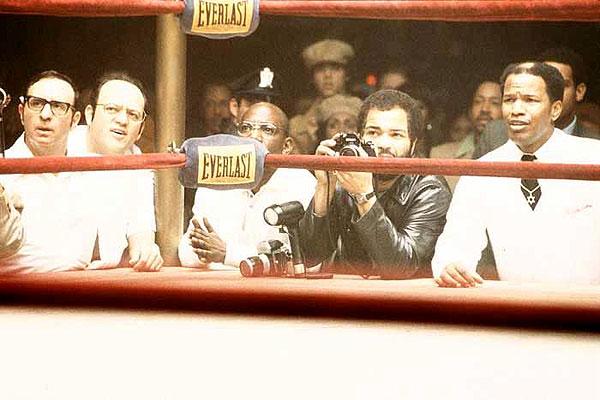 http://www.showbiz.cz/files/gallery/film/0/948792a0ce8eddd346da6a27ade322d1.jpg