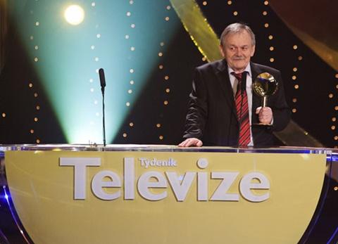 https://www.showbiz.cz/media/uploads/2011/04/karel-sip-tyty.jpg