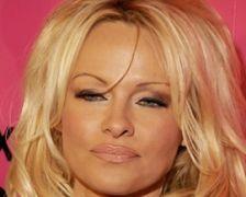Pamela Anderson lesbické porno